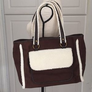 Sherpa Tote | Bath & Body Works
